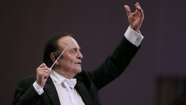 Charles Dutoit: Accused conductor leaves Royal Philharmonic Orchestra early