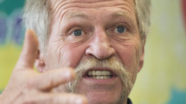 French MEP Jose Bove denied entry into Canada